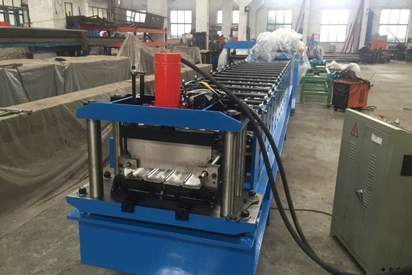 bemo-standing-seam-panel-roll-forming-machine-2.jpg
