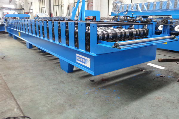 Μηχανή Comflor Deck Roll Forming